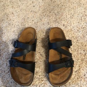 Worn once size 9 women's Birkenstock shoes!